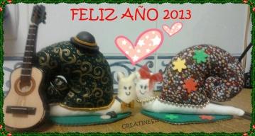 Manolo, Lola, Creatines25 y sus creaciones e Inés Miranda os desean un Feliz Año Nuevo. Ser felices