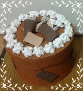 cajitarta crocanti chocolate con cucuruchos de merengue 1